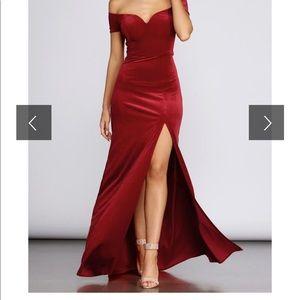 Shania formal sweetheart Red velvet dress/gown.